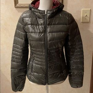 Halifax Traders Down Puffer, Size Small